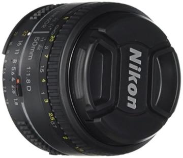 Nikon AF Nikkor 50mm 1:1,8D Objektiv (52mm Filtergewinde) -