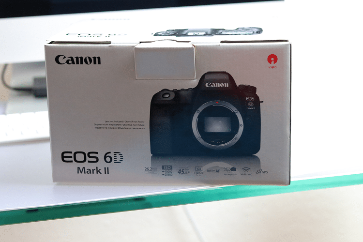 Canon Vollformat Kamera EOS 6D Mark ii